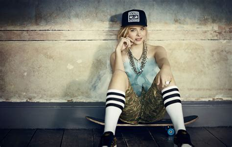 wallpaper girl in cap things you ll face if you re a tomboy identity magazine