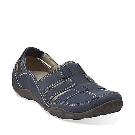 comfortable shoes for walking all day 1000 images about shoes on pinterest flats woman shoes