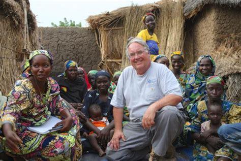 Warren Buffett Plays For Charity Goes by Farmer Of Warren Buffett Is Using S Billions To