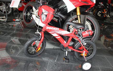 Motorrad Leasingrechner by Hans Leupi Ducati