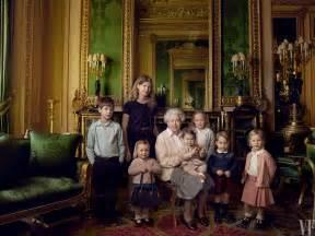 Vanity Fair Corgis See Elizabeth Ii Pose With Corgis And Dorgis For