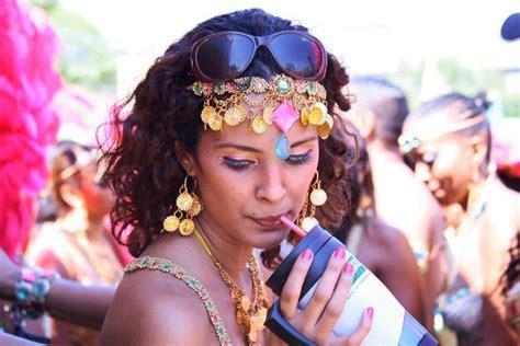 ALVANGUARD PHOTOGRAPHY (2009): Tribe Carnival