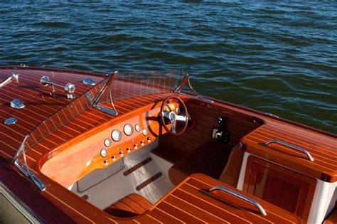 cherubini boats the cherubini classic 24 feet yacht speedboat photos and
