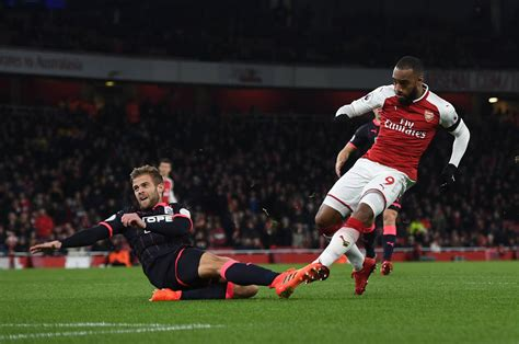 arsenal huddersfield youtube arsenal 5 0 huddersfield town in pictures post match