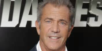 mel gibson mel gibson denies pushing female photographer labelling
