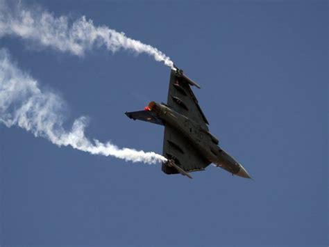 lights of tejas 2017 aero india 2017 yakovlevs tejas and skycats the
