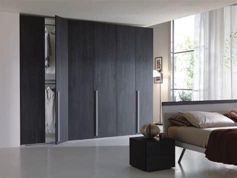 armadio wenge armadio weng 232 in olmo lava il fascino legno nero