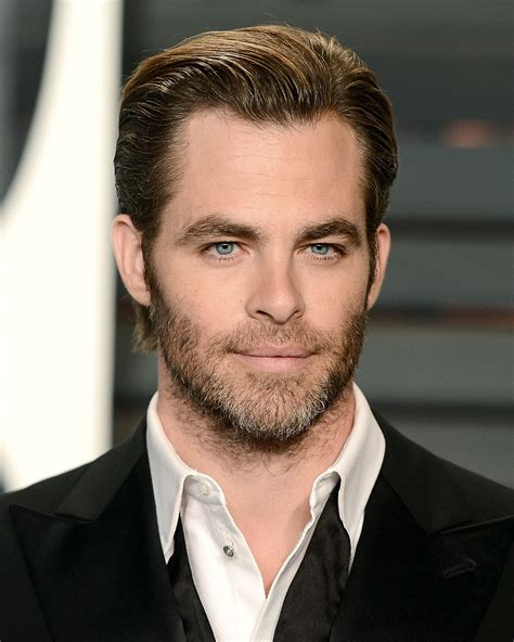 single hot male celebrity 2015 14 of the hottest guys named chris in hollywood photos