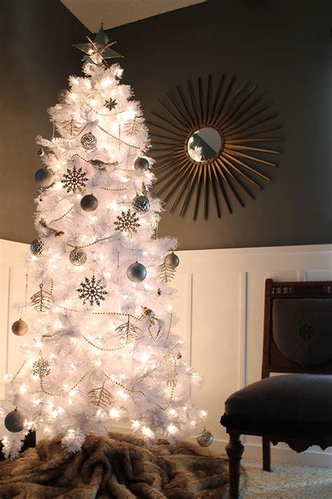 how to decorate white tree how to decorate a white tree treetopia