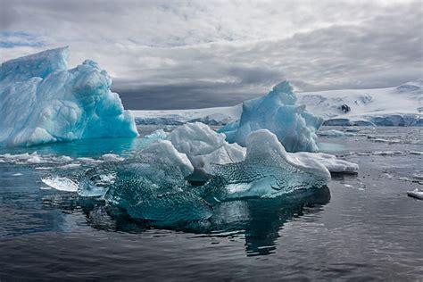 antarctic dreams luminous landscape