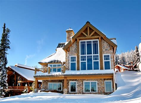 5958 Snow Pines Big White Ski Chalet For Sale Chalet Ski And Patio