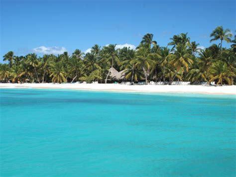 catamaran cruise to saona island from punta cana catamaran cruise to saona island from punta cana explore