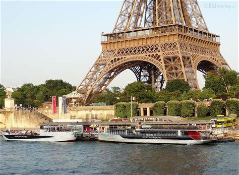 bateau mouche vedette pont neuf photo images of vedettes de paris boat trips image 16