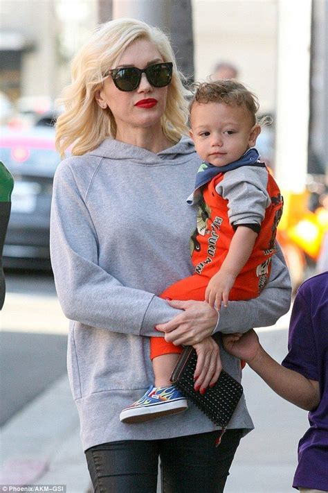 Legging Rok Apollo by Hey Baby Gwen Stefani Takes Three Sons On A Shopping