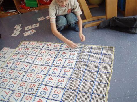 montessori teppich hunderterteppich