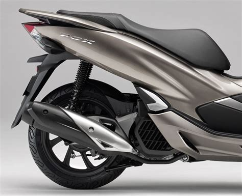 2019 Honda Pcx150 by 2019 Honda Pcx150 Scooter Review Specs New Changes Pcx