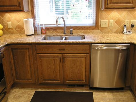 kitchen remodels with oak cabinets kitchen featuring oak cabinetry kitchen minneapolis