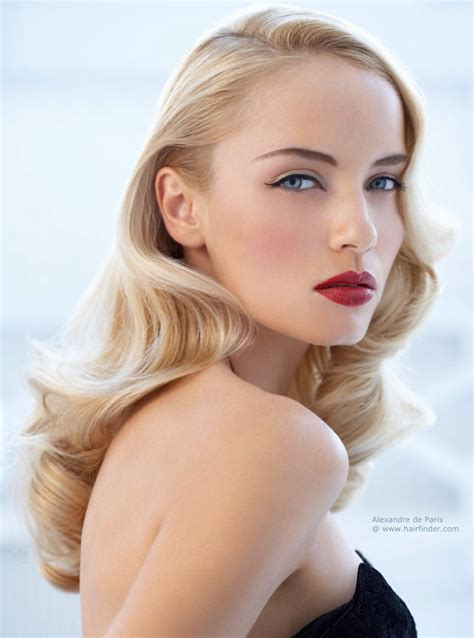 hairstylese com anita ekberg inspired hairstyle with blonde waves that