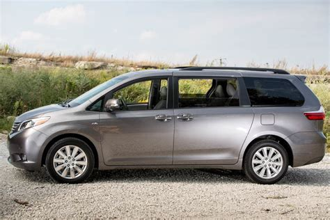 Toyota Minivan 2017 Toyota Reviews Specs And Prices Cars