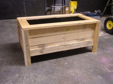 pallet planter box pallet planter box by fenters lumberjocks woodworking community