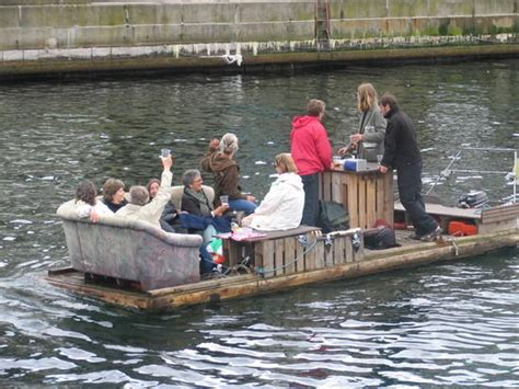 house boat jokes redneck party boat pictures to pin on pinterest pinsdaddy