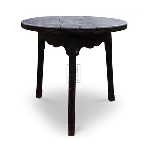 prop hire 187 tables 187 wood table keeley hire