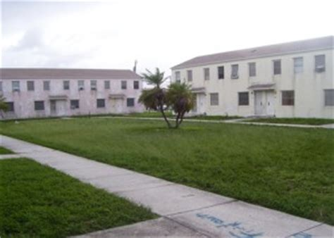 miami housing authority liberty square miami dade county public housing projects