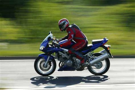 Suzuki Sv650 Tire Size Suzuki Sv1000 2003 2007 Review Mcn
