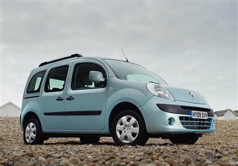 renault kangoo  car review eurekar