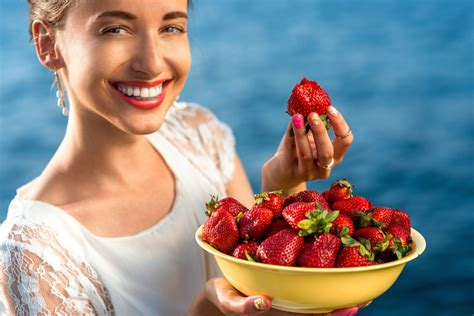 8 Ways To Eat Yourself Beautiful by Primal Secrets Eat Yourself Beautiful Healthy