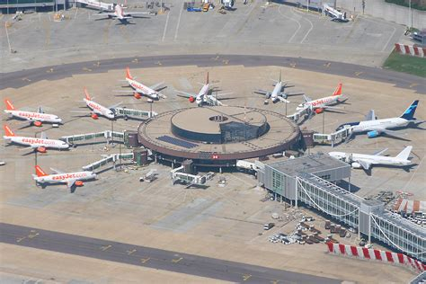 stanstead air stansted gatwick from the air
