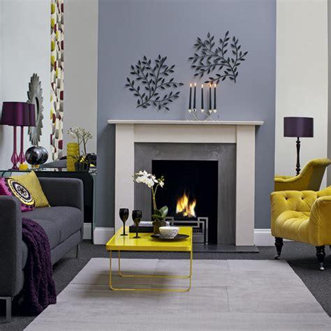 Lemon And Grey Living Room by Salas Modernas