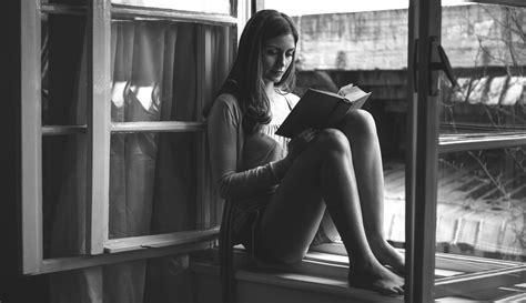 Imagenes Mujeres Leyendo | 191 conoces las 21 frases para mejorar tu vida vida y