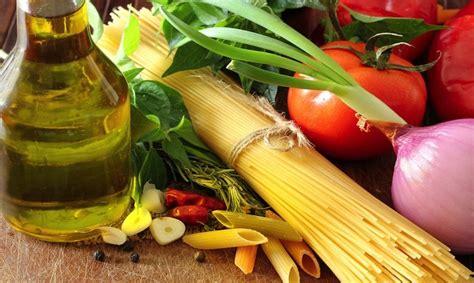 corretta alimentazione vegana dieta vegana benefici e corretta alimentazione