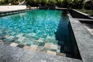 piscine en carrelage green bali carrelage et salle de bain