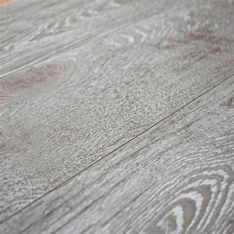 Kronoswiss Laminate Flooring Kronoswiss Grand Selection Oak Ecru 12mm Laminate Flooring
