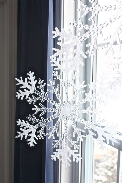 12 cutest and easiest diy christmas window d 233 corations