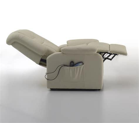 poltrona con alzapersona poltrona elettrica relax con massaggio e alzapersona