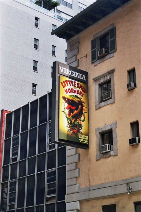little shop of horrors musical wikipedia little shop of horrors musical viquip 232 dia l