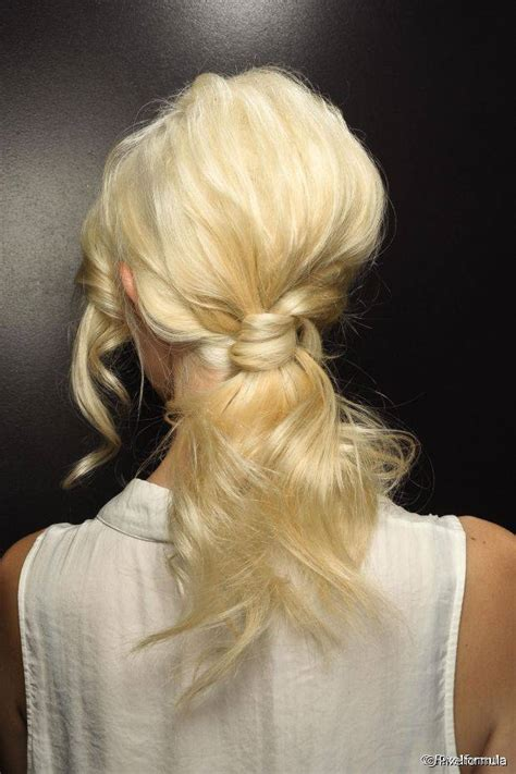 Hair Ponytails Wavy 10 new ways to style wavy hair of all lengths
