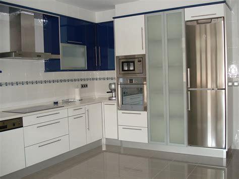 imagenes cocinas integrales blancas modelos de cocinas azulejadas