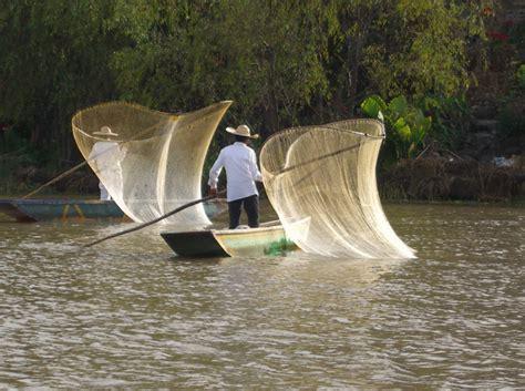 sea pro boats wikipedia file p 225 tzcuaro trad fishing 3 jpg wikimedia commons
