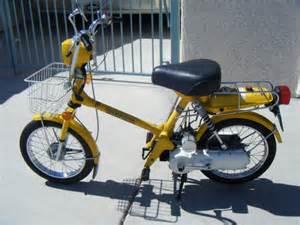 Honda Express Honda Express Nc50 Yellow Moped Honda