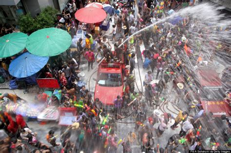 thai new year water festival songkran 2014 when does thailand s new year festival