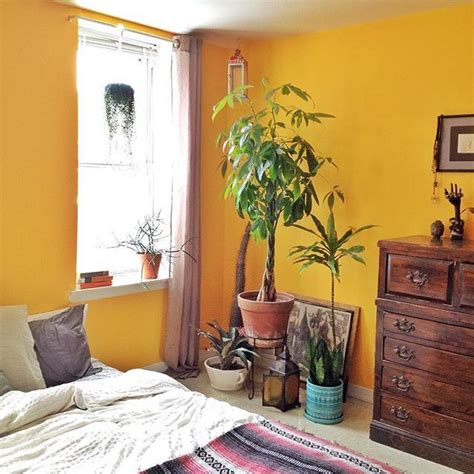 Mustard Yellow Paint Bedroom 1000 Ideas About Mustard Yellow Walls On