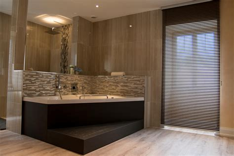 Awesome Salle De Bain Moderne Avec Baignoire Et Douche