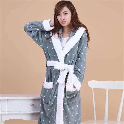 robe de chambre femme tr鑚 chaude tres longue robe de chambre pour femme la mode des robes