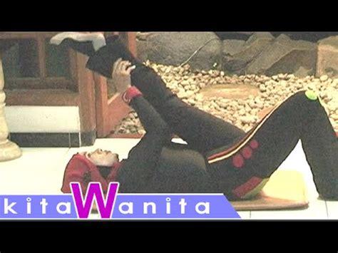 tutorial gerakan senam yoga video clip hay video cara mengecilkan perut buncit paling