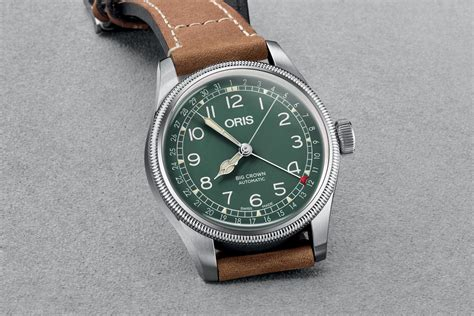 introducing oris big crown pointer date d 26 286 hb rag