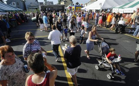 st paul s italian festival opens to large crowds